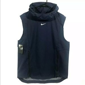 NIKE Alpha Fly Rush Ventilated Hooded Vest